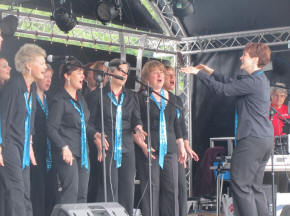 Vocal Dimension in Reigate Priory Park